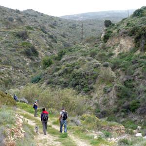 Entering the ravine, Kakapetra, Paros