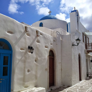 The streets of old Parikia, Paros