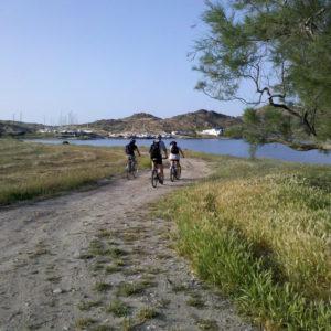 ALTTitle:#Bike&Hike_Naoussa_bay07#kolymbithres#naousa#beach#mountain#paros#greek#islands#greece#cyclades#kykladen#inseln#isles#seln#isles#trails#footpaths#hiking#walking#trekkin#adventure#experience#tours